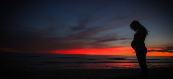 AC_pregnant_SUNSET_sunrise-422982_1920-2